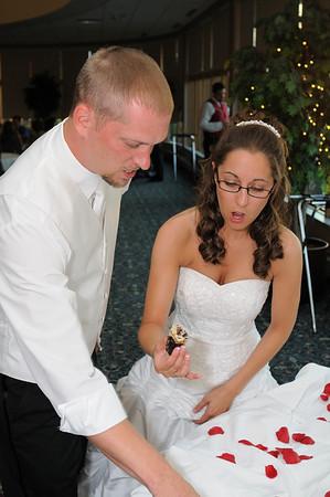 The Cake Cutting -Kaeppe-Loser Wedding