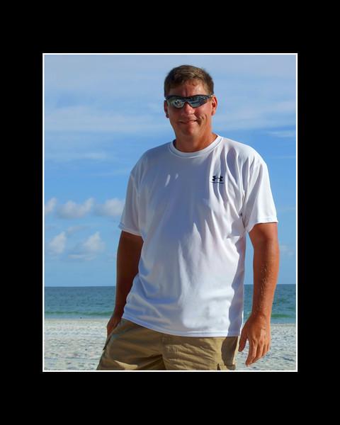 Mellonee Folkman Beach and Portrait