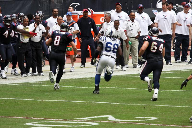 Texans-V-Colts-Nov-09-51.jpg