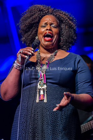 Dianne Reeves | Toronto Jazz Festival | Toronto Star Stage at Nathan Phillips Square