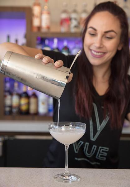 24-bartender.jpg