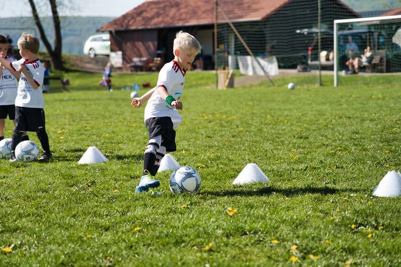 hsv-fussballschule---wochendendcamp-hannm-am-22-und-23042019-u70_32787657367_o.jpg