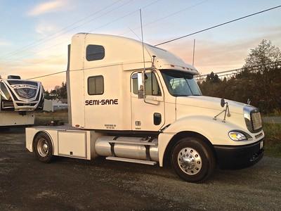 My Freightliner, toy hauler puller