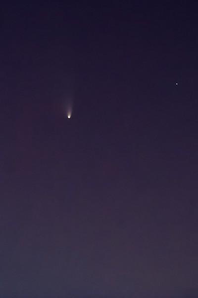 Kometa C2011 L4 panSTARRS  20.3.2013, 19:21, Tamron 55-250mm na 250mm