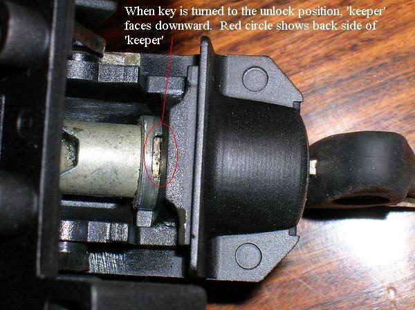 Top Case Lock 2.jpg