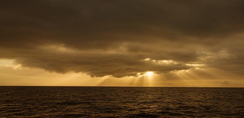 09947 Napali Coast Sunset Cruise.jpg