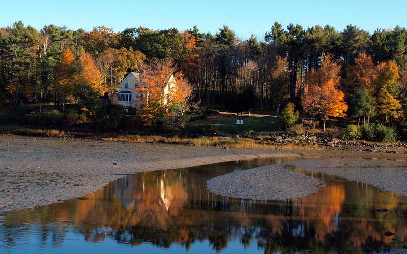 Fall foliage - York Harbor - Isn't this a beautiful photo?  (Photo taken by Linda Hart)