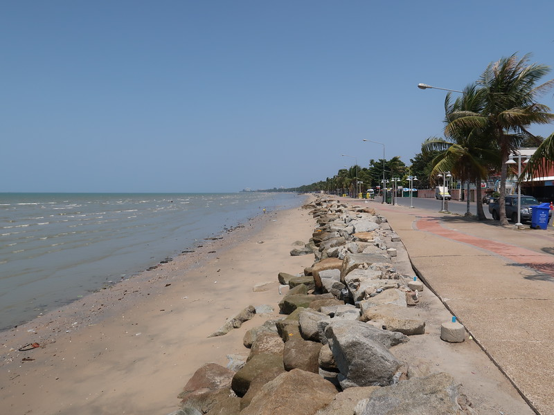 IMG_9266-beach-mess.JPG