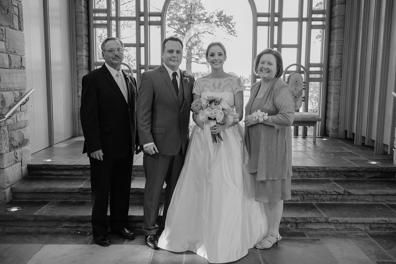 Amy+Andy_Wed-0428 (2).jpg