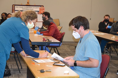 2021 Medical School Students Learning to administer Covid Vaccine