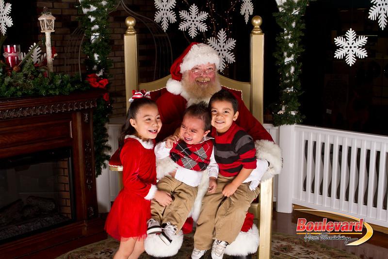Santa Dec 15-229.jpg