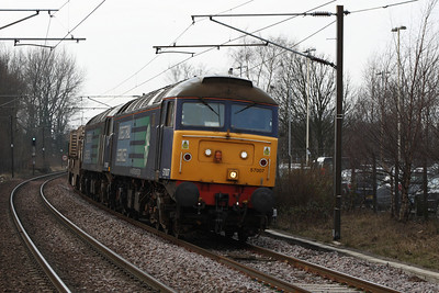 DRS Class 57007 and 57008 on working  6M22 at Johnstone, 2nd March 2011
