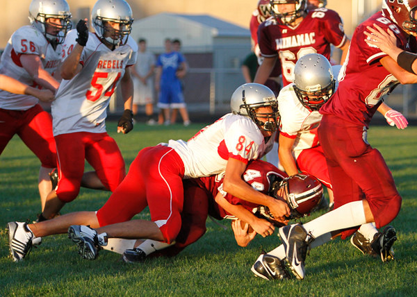 SNHS Football JV vs Winamac 2010