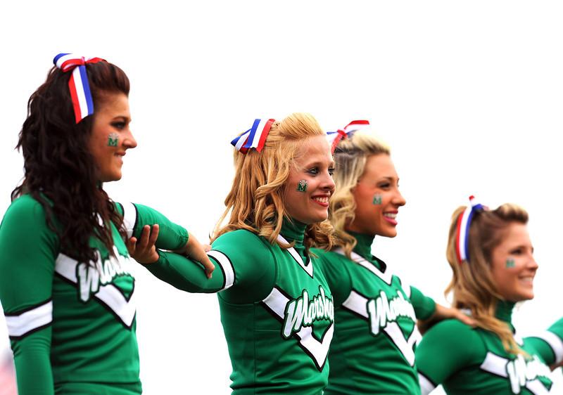cheerleaders1973.jpg