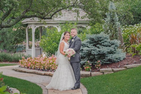 Silver Lake Country Club Wedding | Amanda + Mike