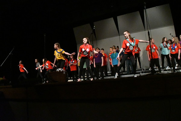 Vinton-Shellsburg Middle School concert, March 15