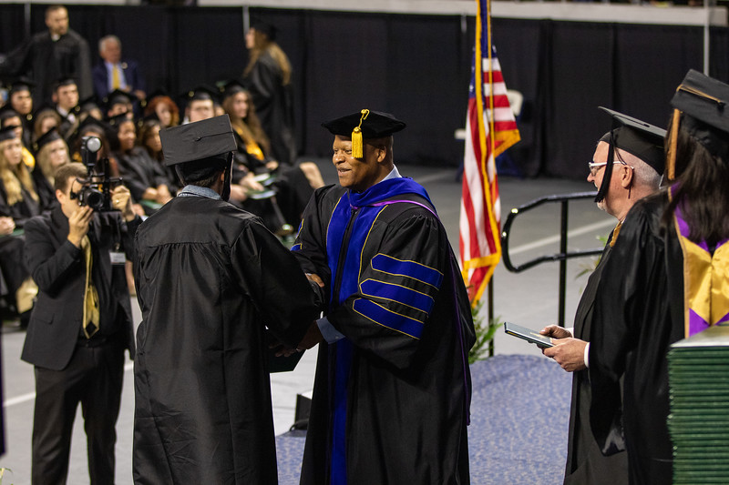 Graduation 2019-9675.jpg