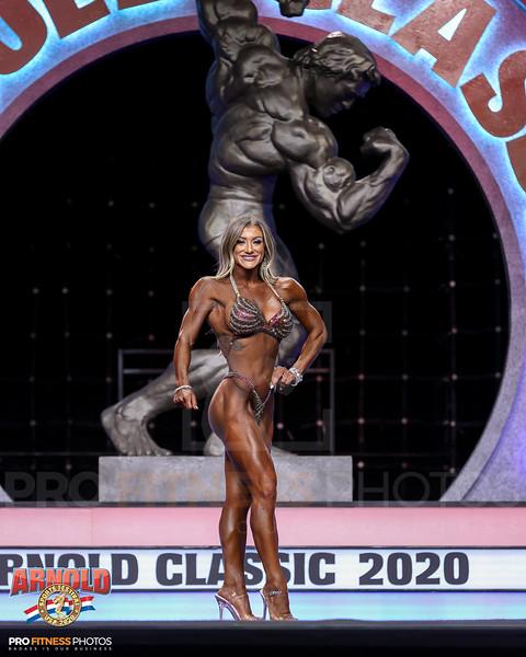 15-Michelle Lindsay