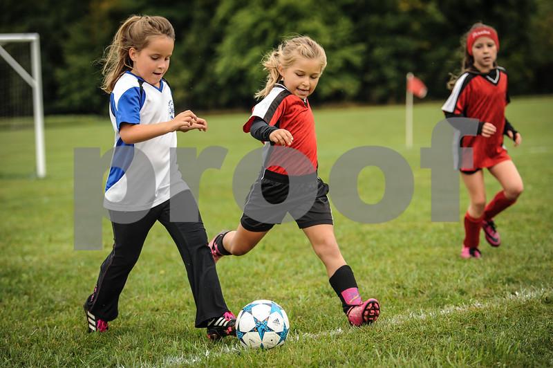 9-08-18 Eva Nygaard's u-8 soccer game vs LB-16.jpg