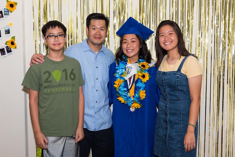 20190602_jenny-hs-graduation_020.JPG