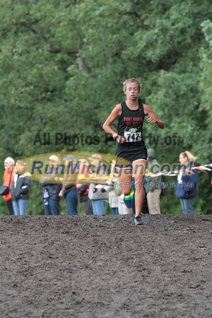 Girls D2 at 1 mile mark - 2014 Nike Holly Duane Raffin Cross Country Invite