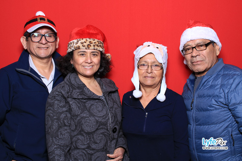 eastern-2018-holiday-party-sterling-virginia-photo-booth-0021.jpg