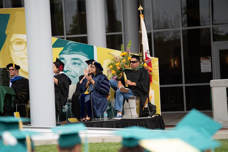 Graduation-2018-2009.jpg