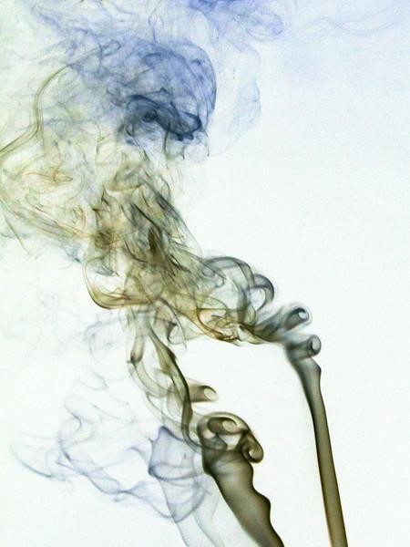 Smoke Trails 4~8393-1ni.