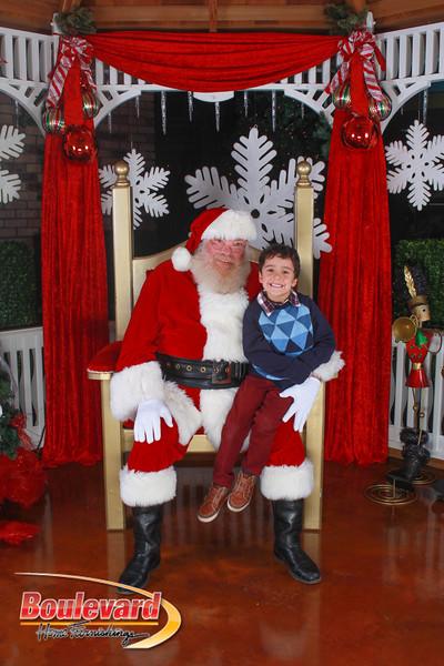 Santa 12-10-16-35.jpg