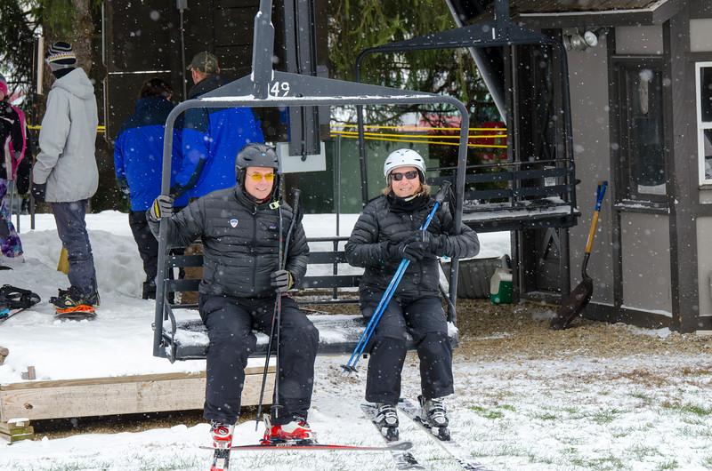 Opening-Day-Slopes-2014_Snow-Trails-70836.jpg