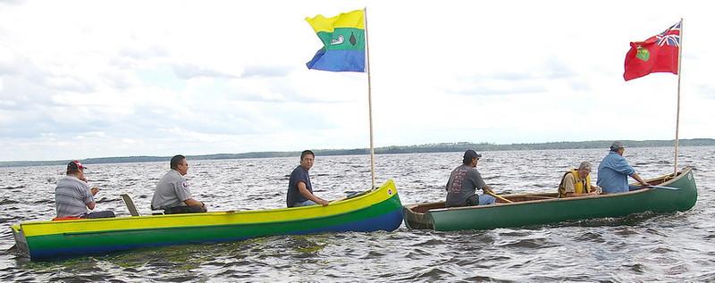 IMGP2983_canoes_flags_2_resize.jpg