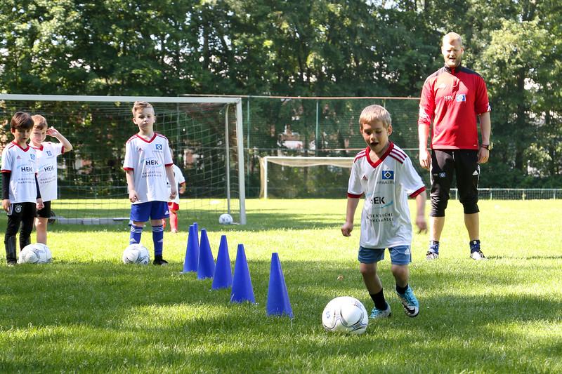 hsv_fussballschule-127_48047950006_o.jpg
