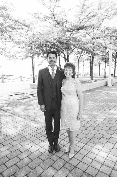 00209 Cleveland Wedding Photographer.jpg