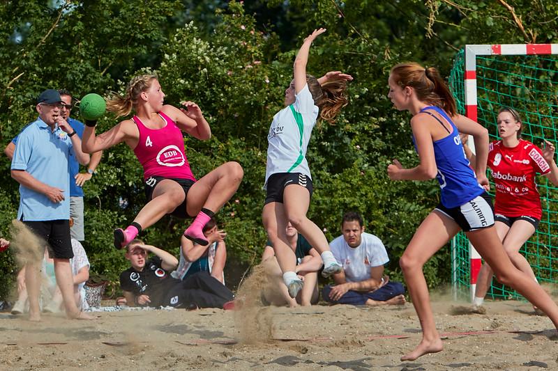 Molecaten NK Beach Handball 2015 dag 2 img 043.jpg