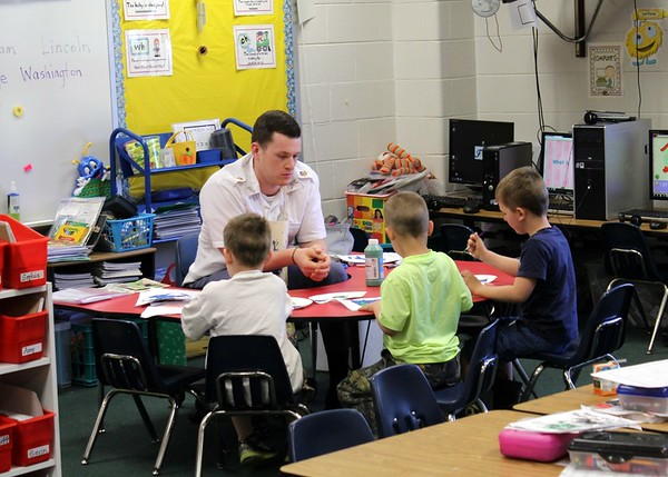 Applied Christianity class makes service trip to West Central Elementary School