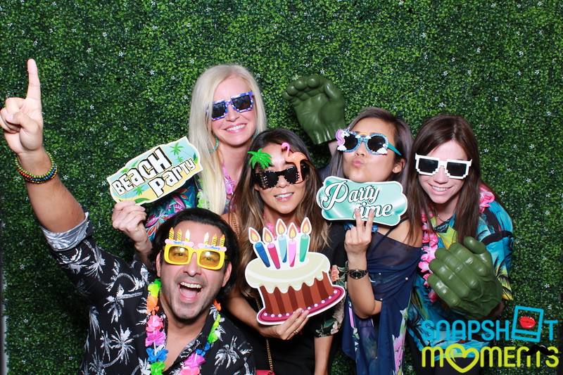 03-30-2019 - Karen and Natasha's Aloha 40th Birthday Bash_064.JPG