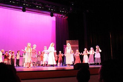 Fiddler on the Roof (Mon & Tue)