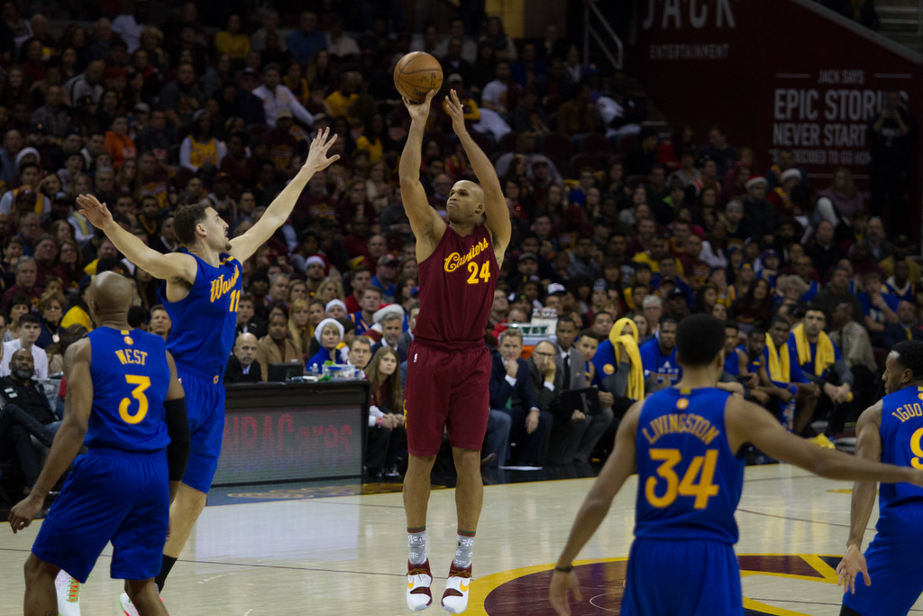 . Richard Jefferson (24) of the Cleveland Cavaliers takes  a shot over the Golden State Warriors\' Klay Thompson (11) during an NBA game at the Quicken Loans Arena on Christmas day.  The Cavs defeated the Warriors 109-108.  Michael Johnson - The News Herald
