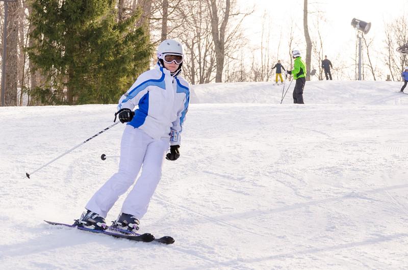 Slopes_1-17-15_Snow-Trails-74270.jpg