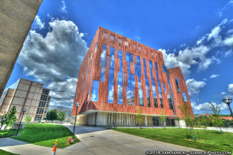 7-04-18 Biological Sciences Building HDR (86).jpg