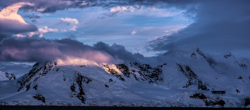 [Group 0]-early morning snowcapped mountains 4_early morning snowcapped mountains 5-2 images.JPG