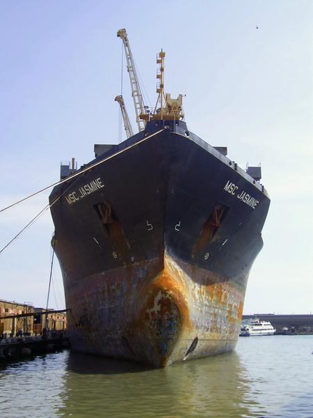 2008 - M/S MSC JASMINE docked in Napoli for works.