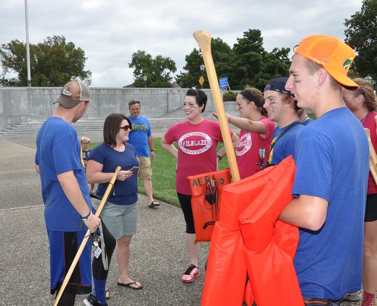 160917 Family Weekend Tube Race teams in front of Clark Memorial (6).JPG