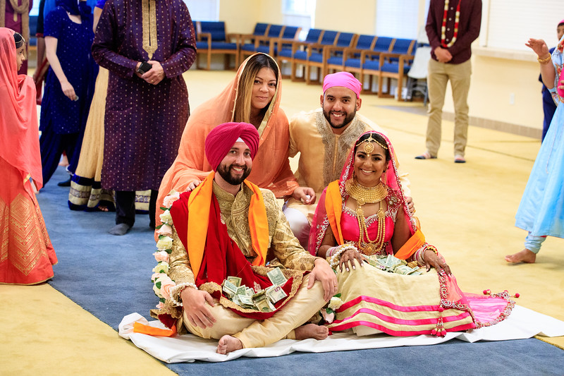 Neelam_and_Matt_Gurdwara_Wedding-1528.jpg