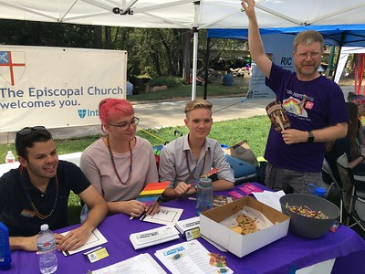 Episcopal Churches at Boulder Pride - 9/10/17