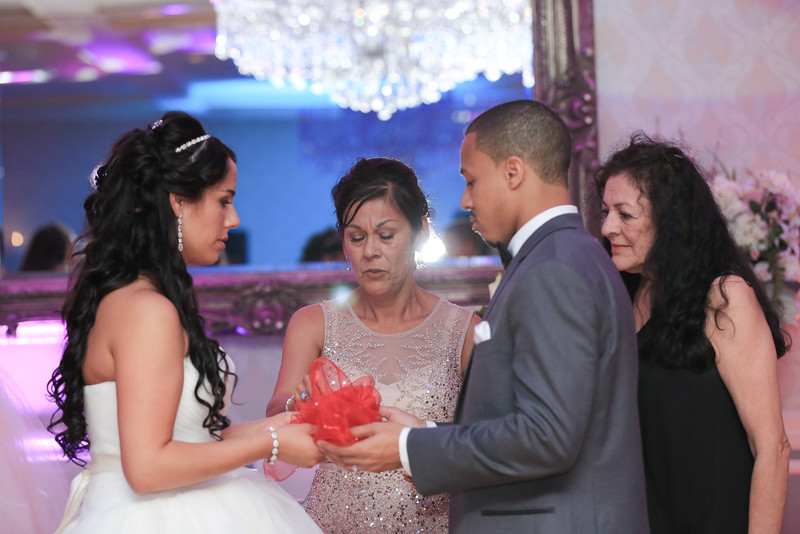 70_speeches_ReadyToGoPRODUCTIONS.com_New York_New Jersey_Wedding_Photographer_J+P (1079).jpg