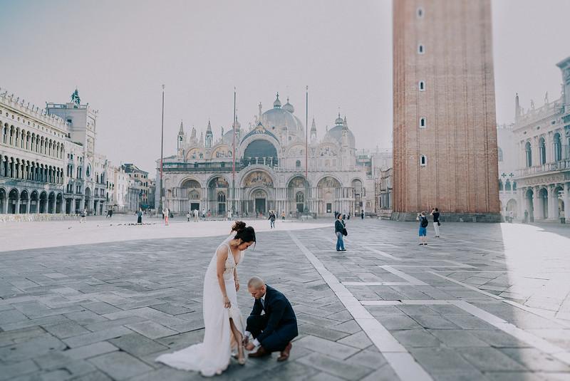 Tu-Nguyen-Destination-Wedding-Photographer-Dolomites-Venice-Elopement-285.jpg