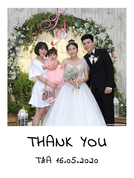 TA-wedding-instant-print-photo-booth-at-Revierside-Palace-Quan-4-Chup-hinh-in-anh-lay-lien-Tiec-Cuoi-010.jpg