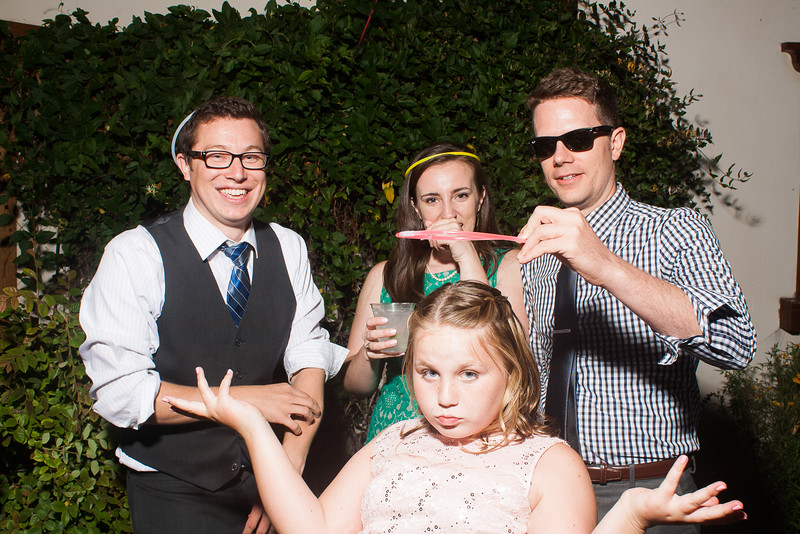 CaitlinChrisWeddingPhotobooth-0272.jpg