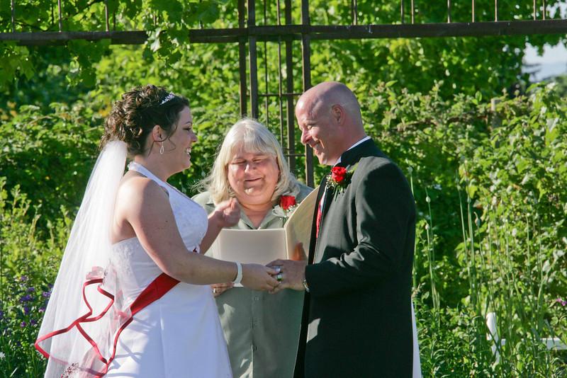 Brad & Erin's Wedding June 27 2008--0410.jpg